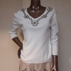 Joseph A. Knit She'll Beaded Floral Neck Blouse